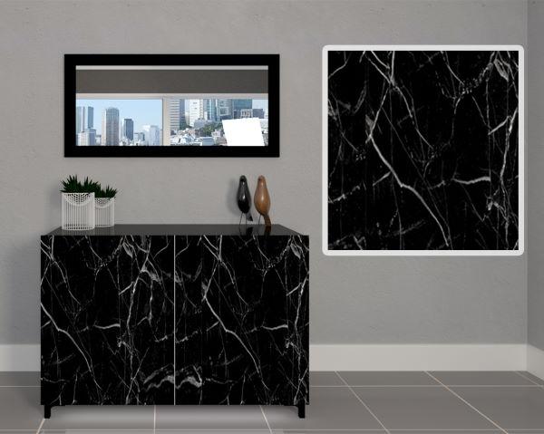 Particolare anta con vetro effetto marmo della madia