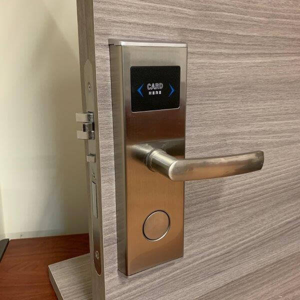 handle and i-Lock electronic lock